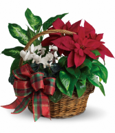 Holiday Homecoming Basket All-Around Floral Arrangement