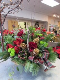 Holiday Homecoming Basket Custom Fitzgerald Flowers Arrangement