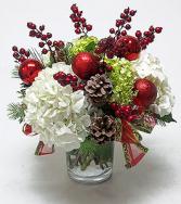 HOLIDAY HYDRANGEA & BERRIES Christmas Arrangement