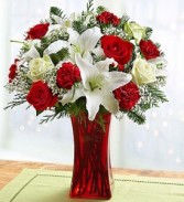 Holiday Magic Holiday Arrangement