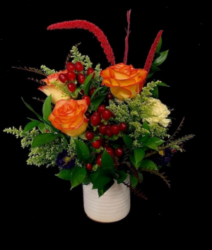 Holiday Pottery Floral Christmas Design in Plainview, TX   Kan Del's Floral, Candles & Gifts