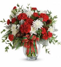 Holiday Shine Bouquet         TWR14-5 Winter Floral Arrangement