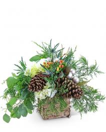 Holiday Spirit Flower Arrangement