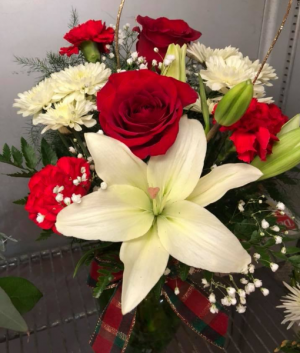 Holiday Splendor Custom Arrangement  in Bristol, VT | Scentsations Flowers & Gifts