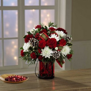 """Holiday Wishes"" Bouquet   in Auburn, AL 