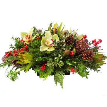 Holiday Wonderland CENTERPIECE, LONG AND LOW