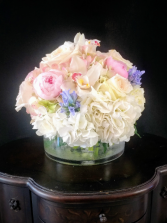 Hollands Pastel Bowl Hydrangea, peonie, orchids, roses and more!!