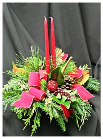 Holly Green centerpiece