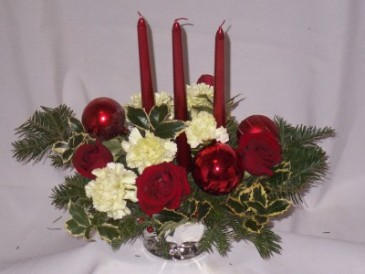 Christmas  Centerpieces - Holly Happy Burgandy  Christmas Eve Centerpieces, Christmas Flowers, Christmas Roses, Christmas Centerpieces