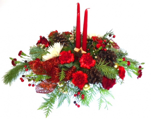 Home for Christmas Centerpiece Arrangement in Invermere, BC | INSPIRE FLORAL BOUTIQUE