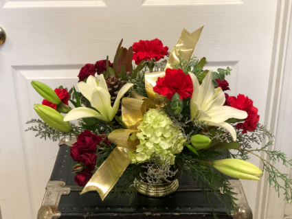 Home for the Holidays Floral Centerpiece