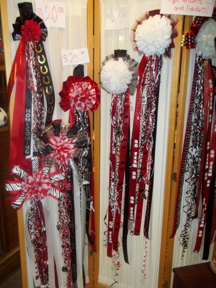 Homecoming Mums Come By Or Call Us At 405 376 4171 To Order In