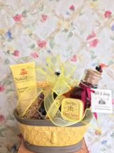 Queen Bee Honey Blossom Gift Basket