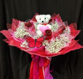 HONG KONG  DOZEN RED ROSES/GLITTERED  WRAPPED BOUQUET