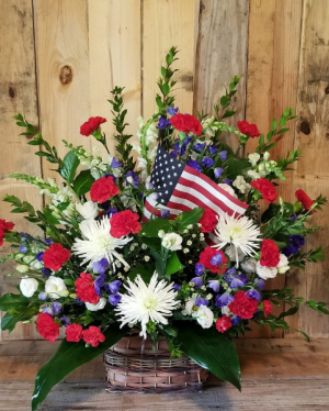 Honor The Veteran fresh in Paris, KY | Chasing Lilies Floral