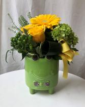 Hoppy for You!!! Ceramic Frog Vase Arrangement