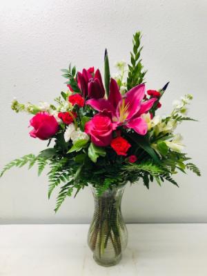 Hot Pink Beauty Vase Arrangement in North Bend, OR | PETAL TO THE METAL FLOWERS