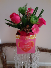 hot pink roses and gerberas in a box  valentine box in hot pink