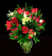 How Sweet Mixed Red Roses and Spray Roses