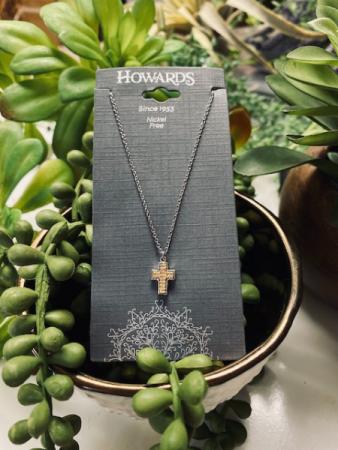 HOWARD's Cross Necklace