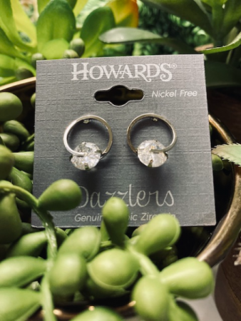 HOWARD'S Dazzlers Earrings