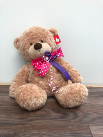 Hugs and kisses Cuddly bear