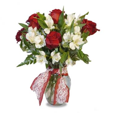 Hugs and  Kisses Fresh cut in Vase