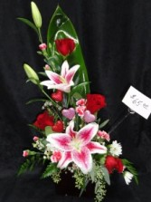 Hugs & Kisses Floral arrangement