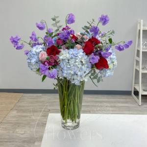 Hummingbird Vase Arrangement in Middletown, NJ | Fine Flowers