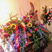 HUNTER'S DREAM CASKET FLOWER