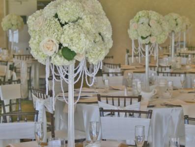 Hydrangea And Rose Wedding Centerpiece In Riverside Ca Willow Branch Florist Of Riverside