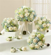 Hydrangea and Roses the Whole Wedding