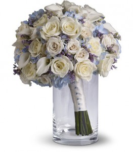 Hydrangea Calla Lilies And Roses Wedding Bouquet In Indianapolis