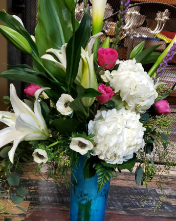 Hydrangea, garden roses and Lily