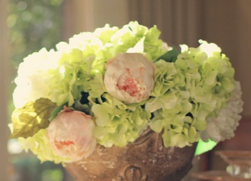 Hydrangea Holiday Floral Arrangement