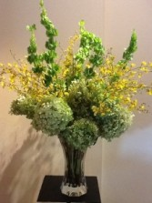 Hydrangea & Oncidium Orchids va-130