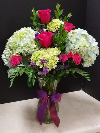 Hydrangeas for Mom Vase bouquet