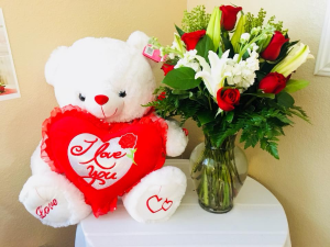 I Love You Forever Valentine's Day Special in Lancaster, CA | GONZALEZ FLOWER SHOP