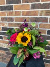I LOVE YOU MOM! Floral Arrangement