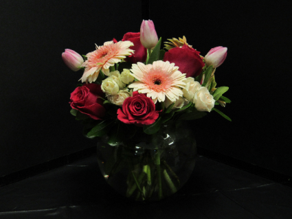I LOVE YOU MOM Fresh Flowers