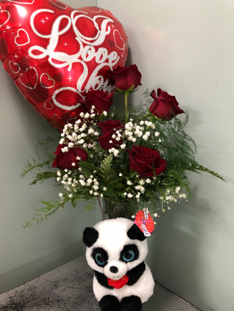 I love you More! Roses, Baloon and stuffed animal