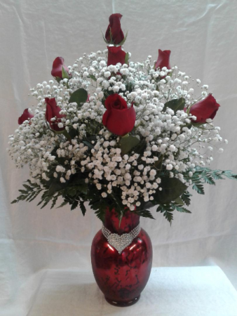 IMAGE OF LOVE VASE ARRANGEMENT ALL AROUND