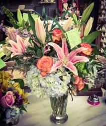 In Love with Lilies Vase Arrangement