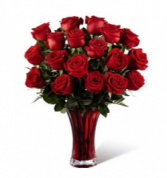 In Love With Red Roses Valentine Bouquet
