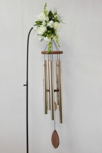 In Loving Memory Chime Wind chime with fresh flowers