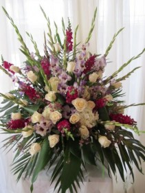 IN LOVING MEMORY Tribute Arrangement