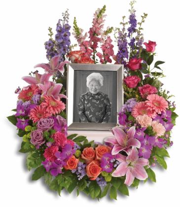 In Memoriam Wreath Funeral Arrangement