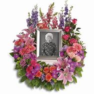 In Memoriam Wreath Tribute Funeral Arrangement
