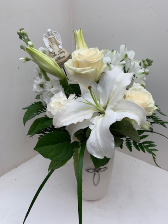In Peace and Love Fresh Arrangement