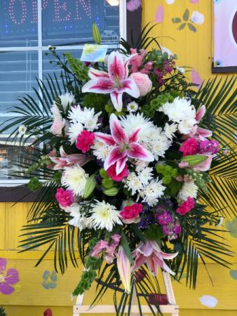 In Rememberance Funeral Arrangement